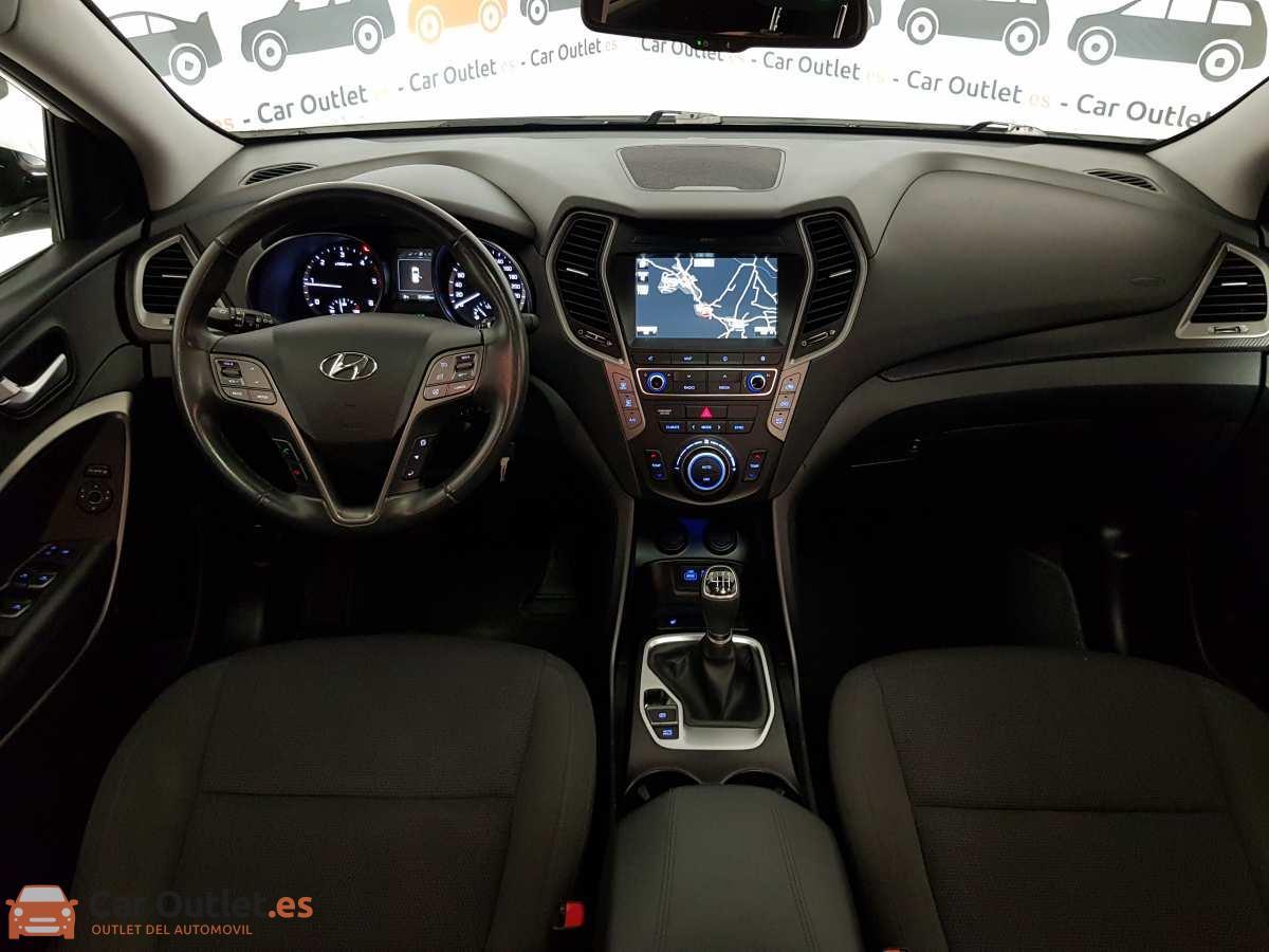 19 - Hyundai Santa Fe 2018