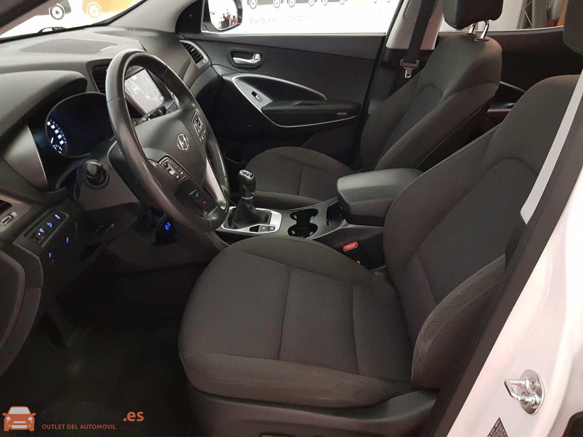 21 - Hyundai Santa Fe 2018