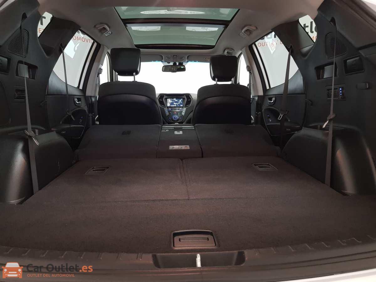 35 - Hyundai Santa Fe 2018