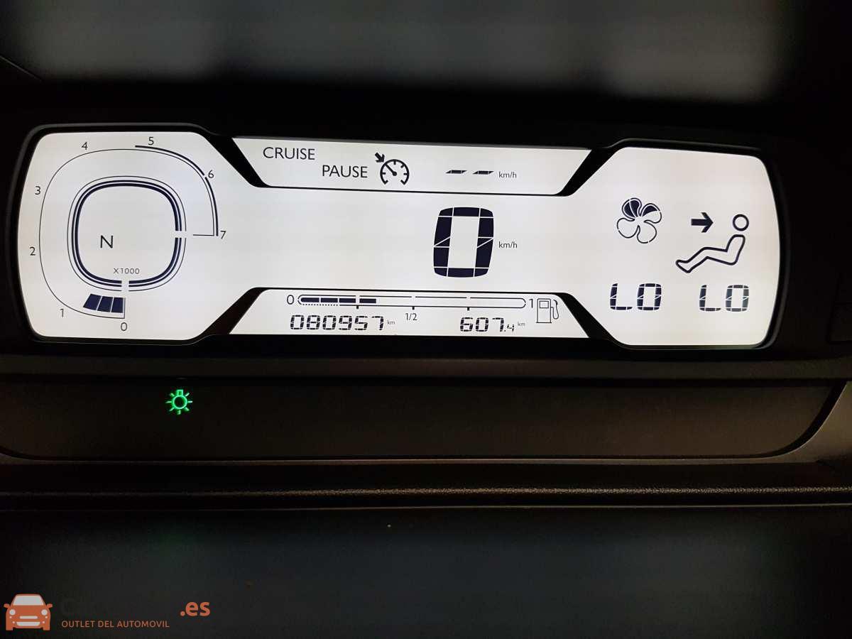 18 - Citroen Grand C4 Picasso 2014 - AUTO