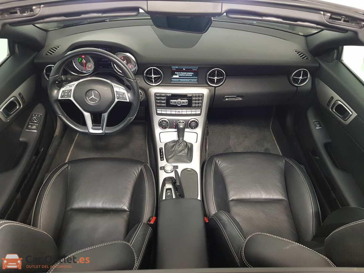8 - Mercedes SLK Class 2014 - AUTO - CABRIO
