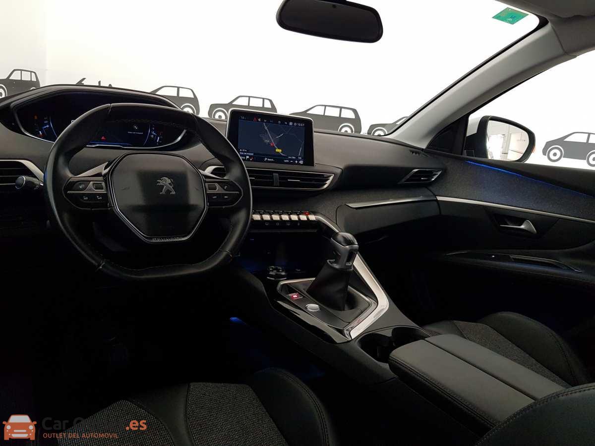 14 - Peugeot 3008 2016
