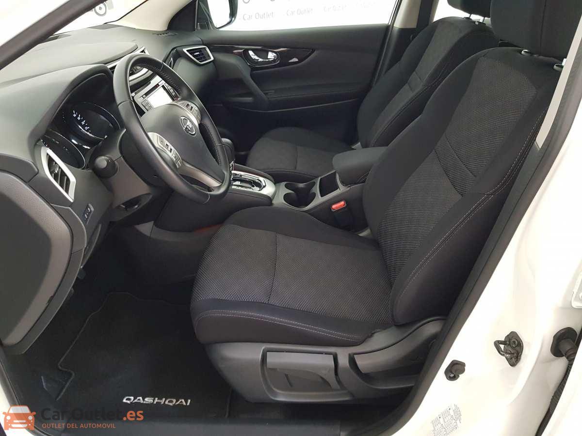 8 - Nissan Qashqai 2017 - AUTO