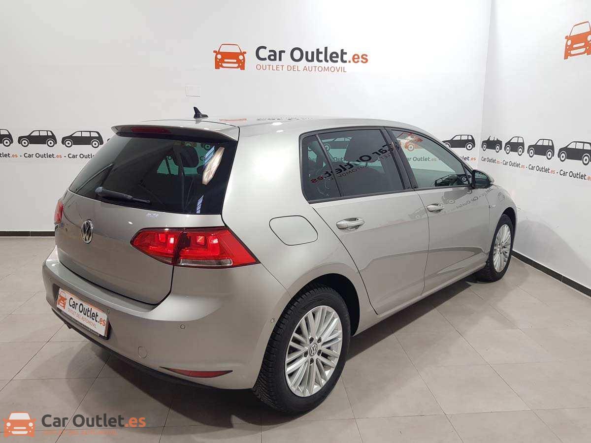 5 - Volkswagen Golf 2015 - AUTO