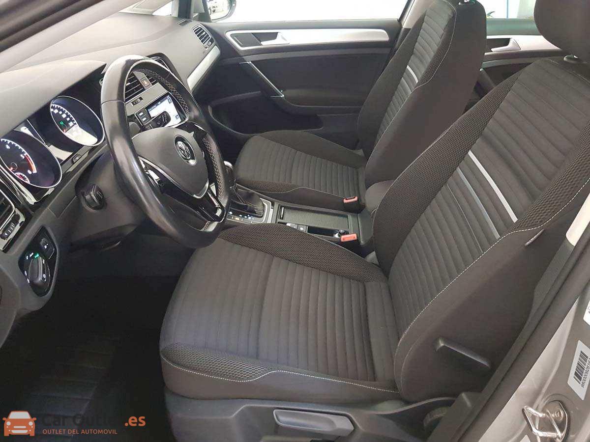 8 - Volkswagen Golf 2015 - AUTO