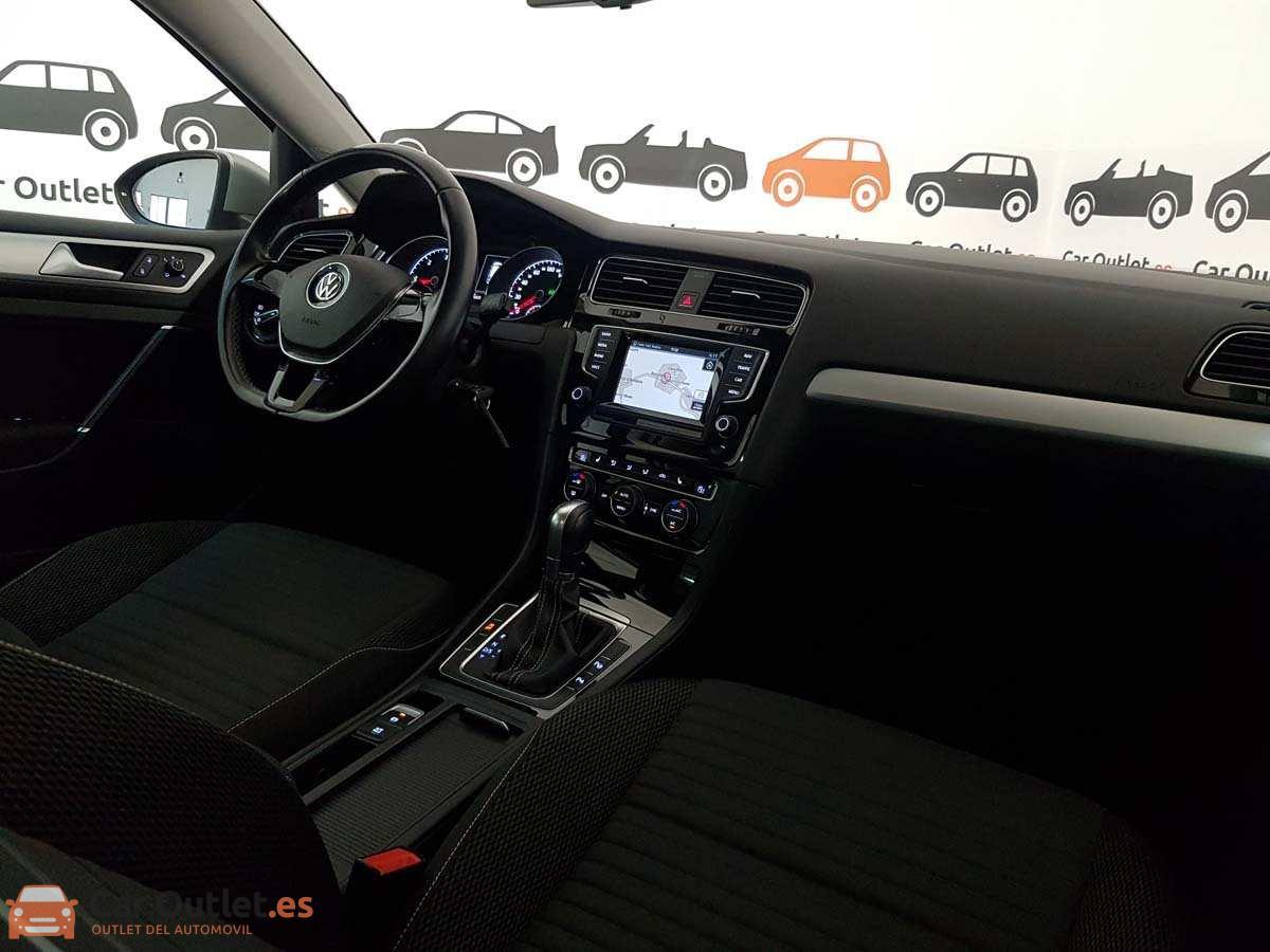 11 - Volkswagen Golf 2015 - AUTO