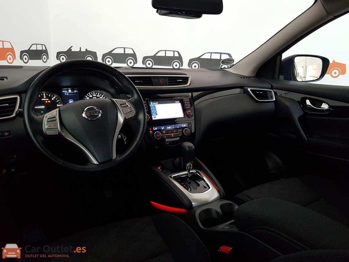 14 - Nissan Qashqai 2014 - AUTO