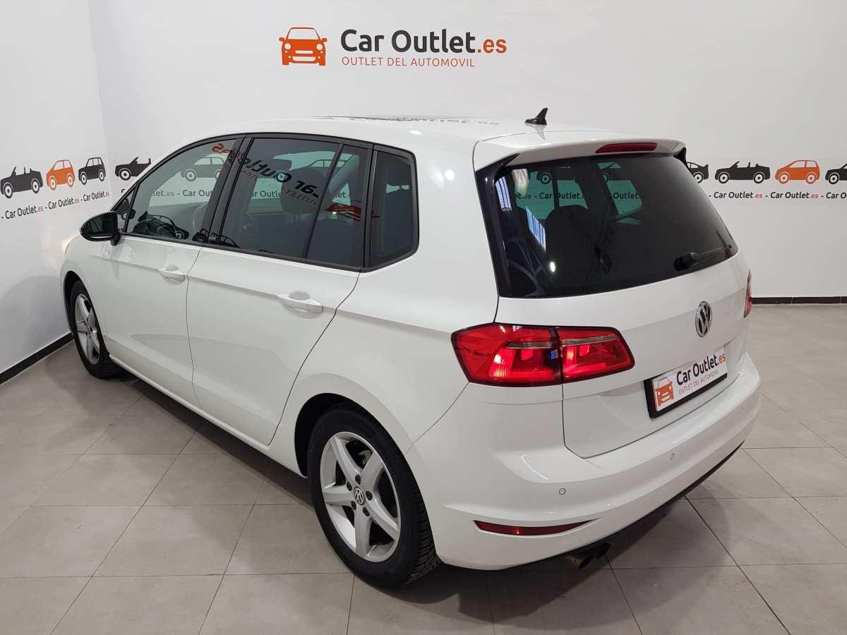 7 - Volkswagen Golf VII Sportsvan 2016 - AUTO