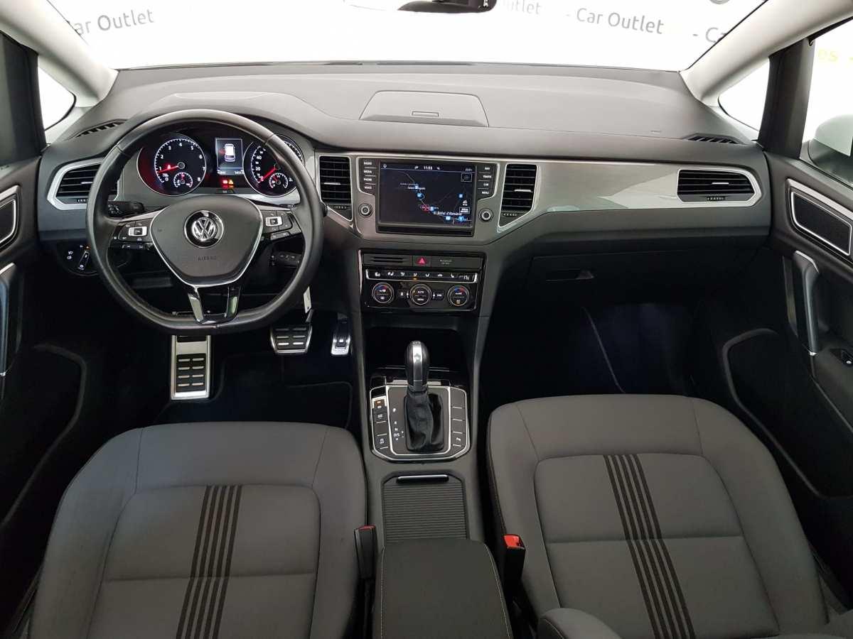 10 - Volkswagen Golf VII Sportsvan 2016 - AUTO