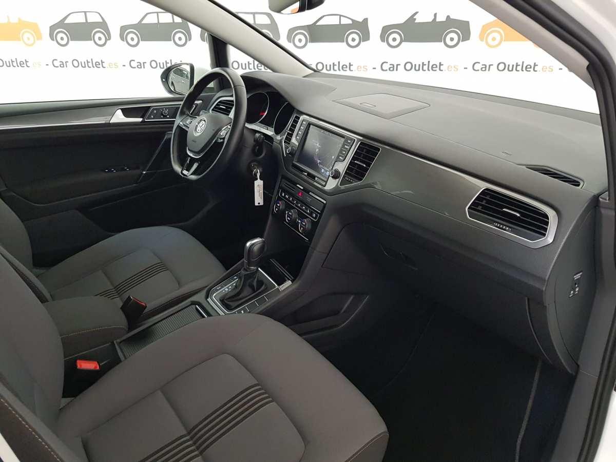11 - Volkswagen Golf VII Sportsvan 2016 - AUTO