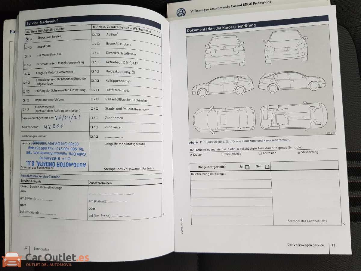 29 - Volkswagen Golf VII Sportsvan 2016 - AUTO