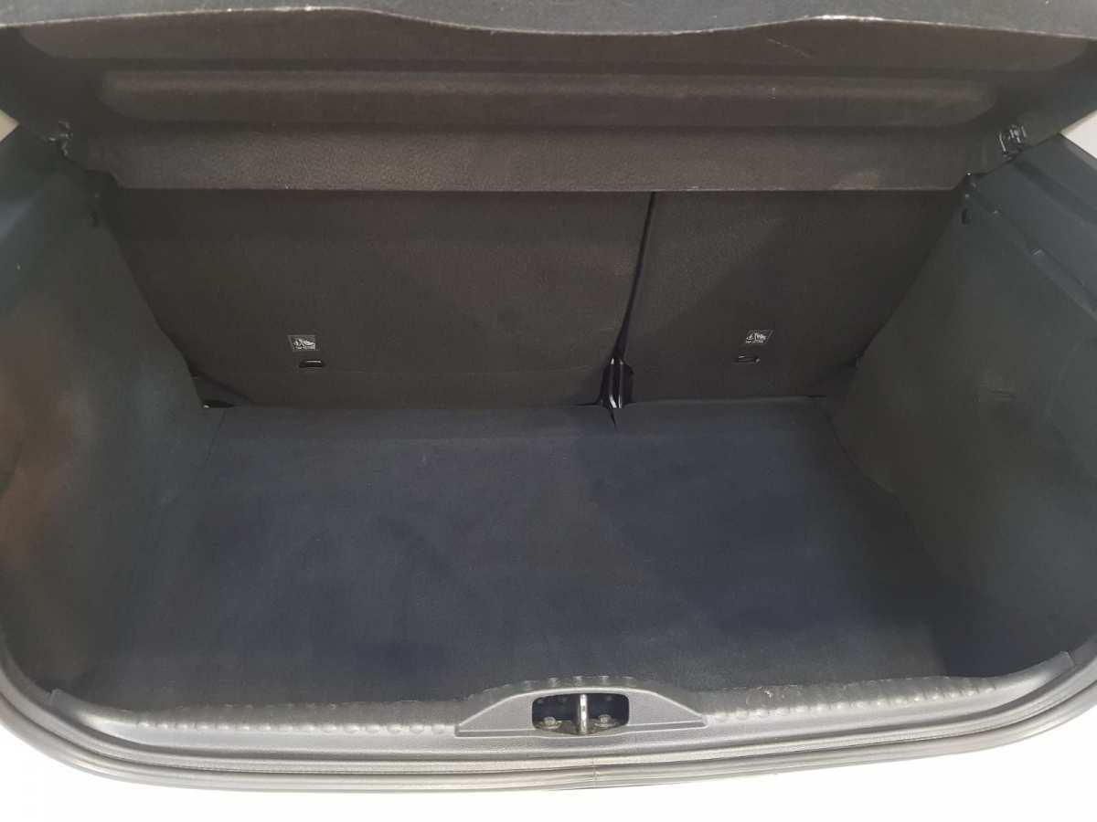 13 - Citroen C3 2018 - AUTO