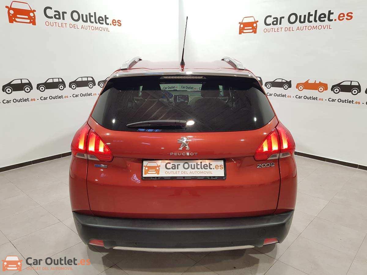 6 - Peugeot 2008 2016 - AUTO