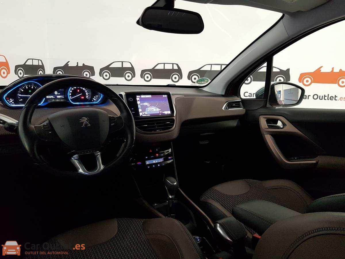 11 - Peugeot 2008 2016 - AUTO