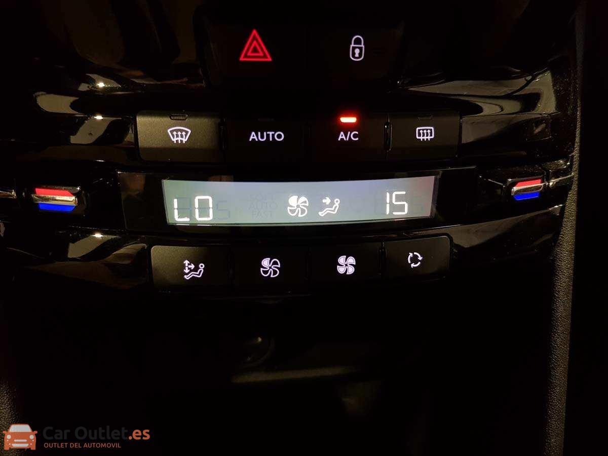 23 - Peugeot 2008 2016 - AUTO