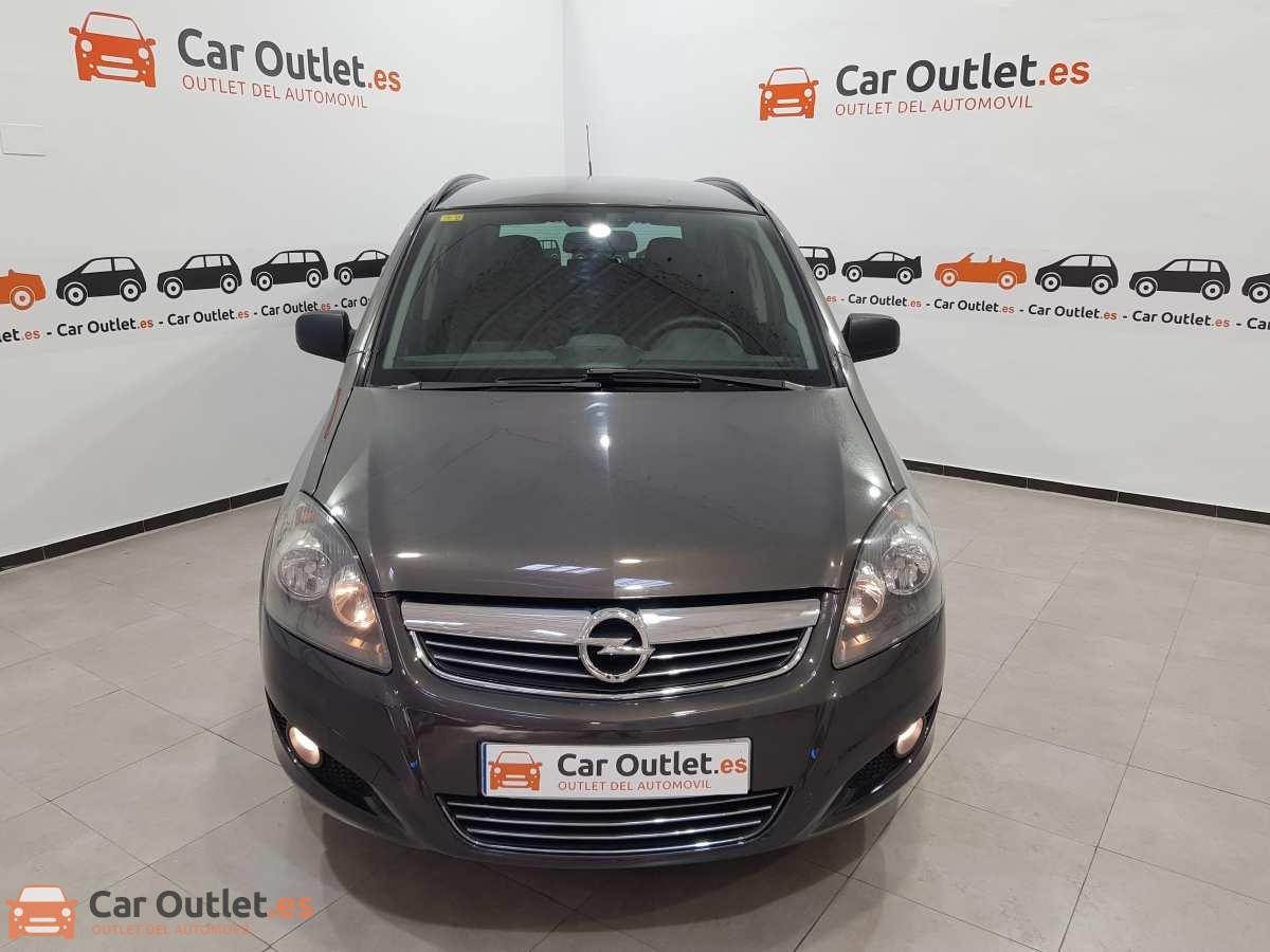 1 - Opel Zafira 2013