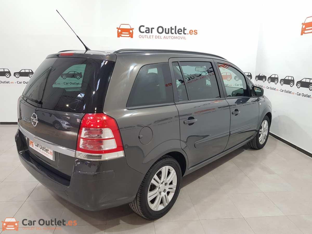 5 - Opel Zafira 2013