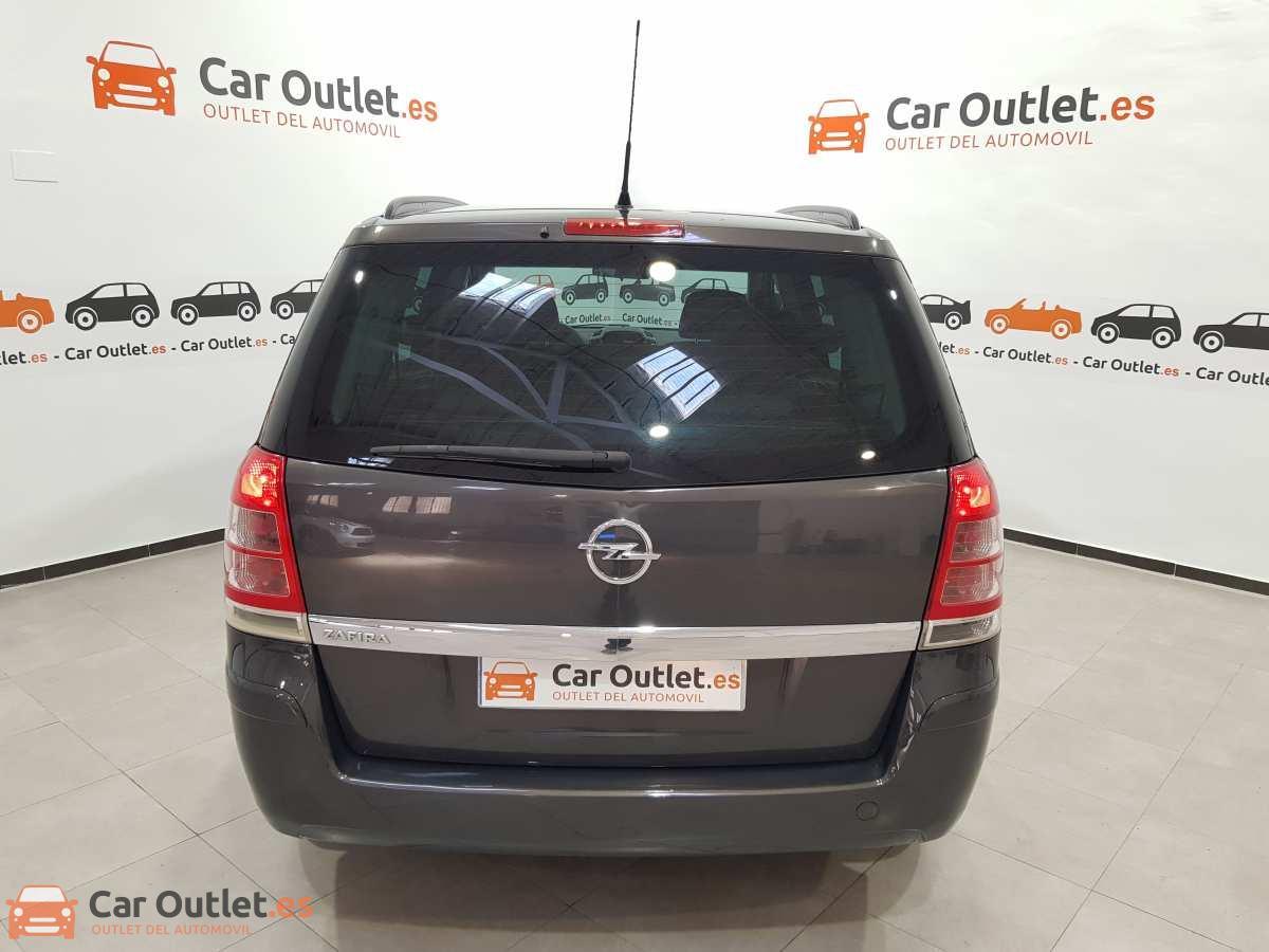 6 - Opel Zafira 2013