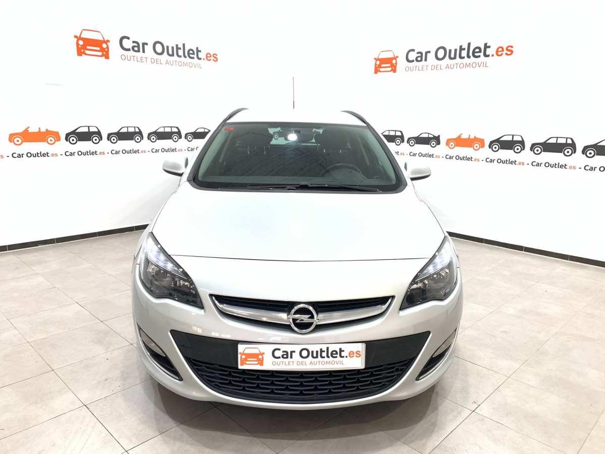 1 - Opel Astra 2013