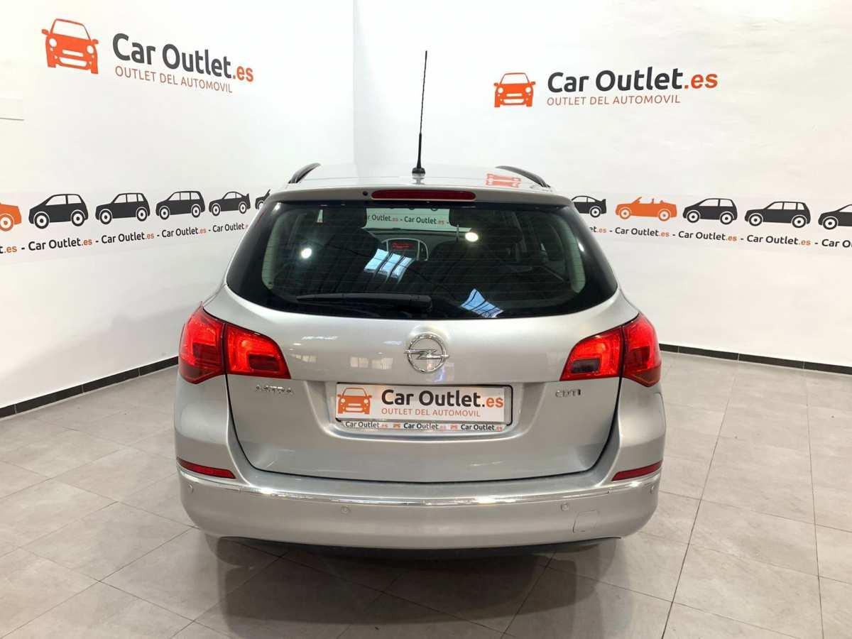 6 - Opel Astra 2013