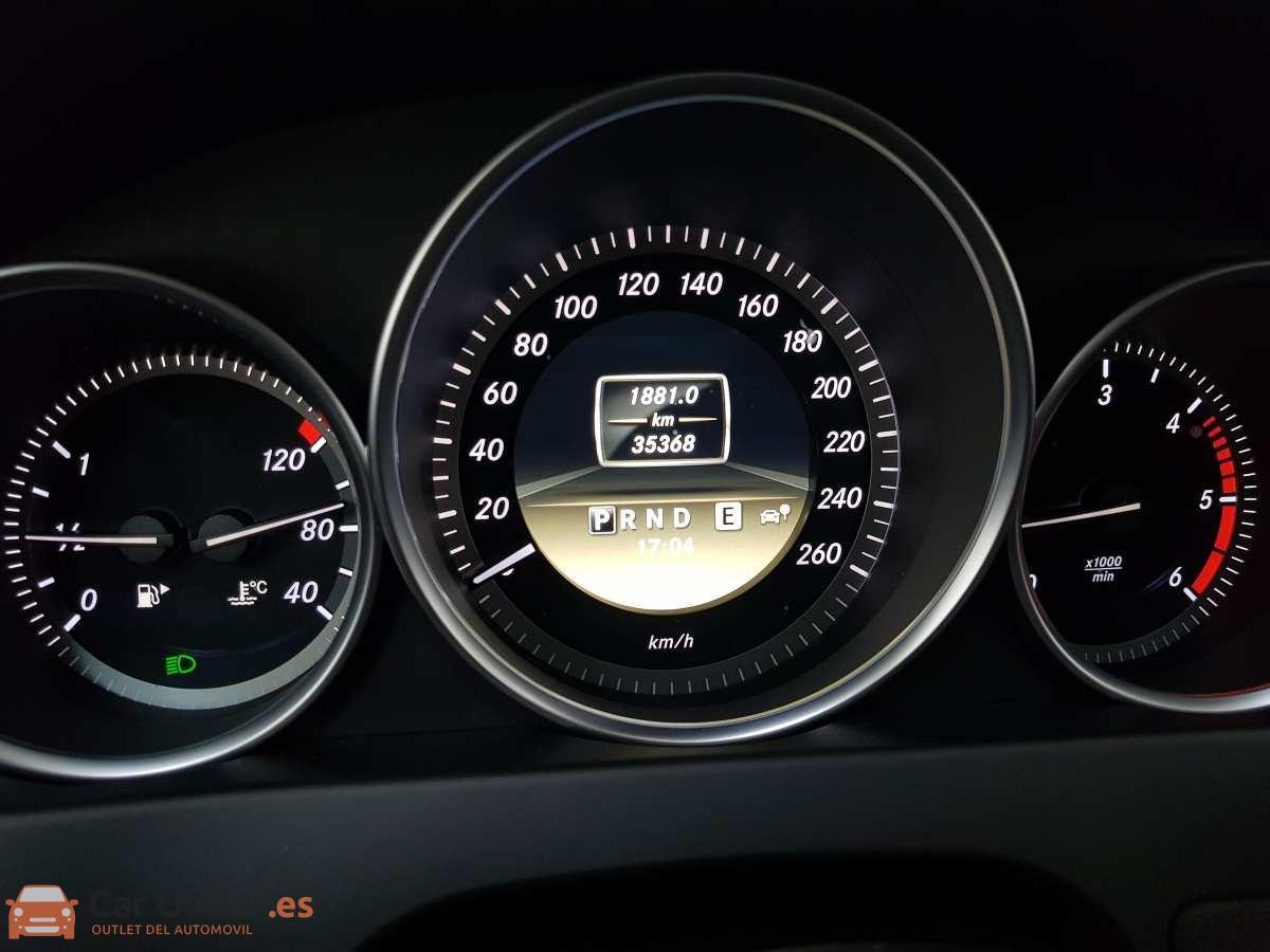 18 - Mercedes C Class 2011 - AUTO