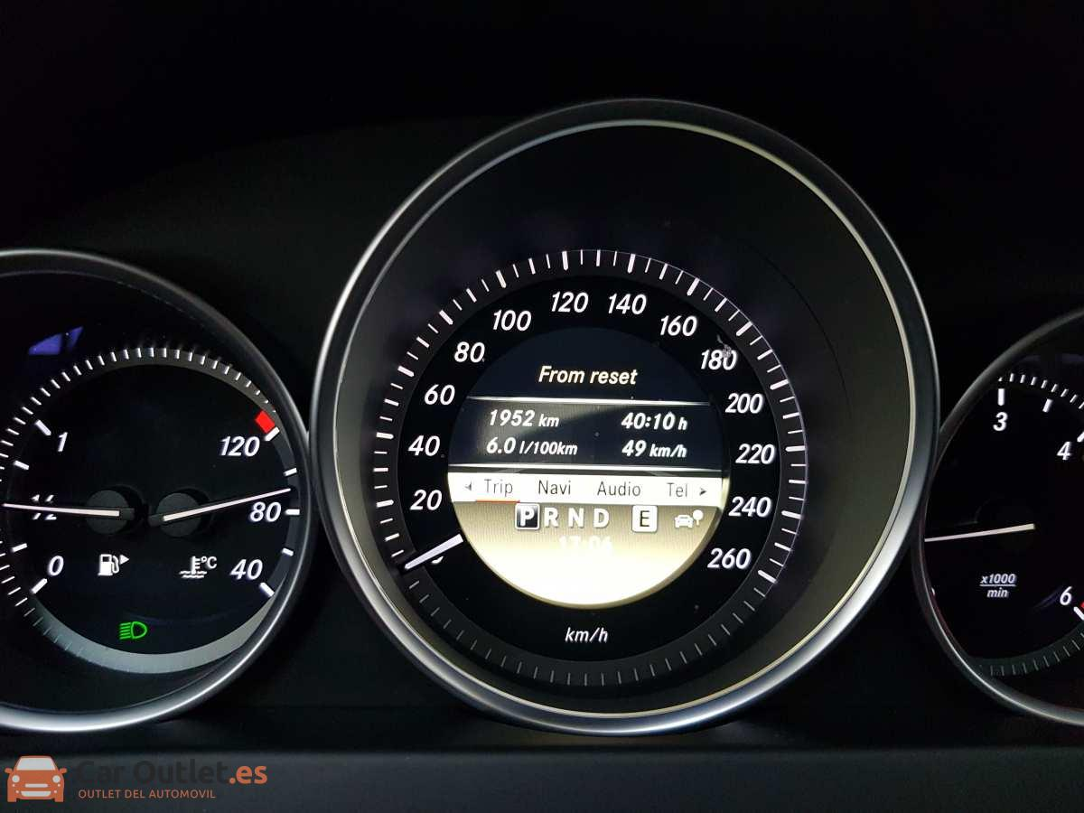 19 - Mercedes C Class 2011 - AUTO