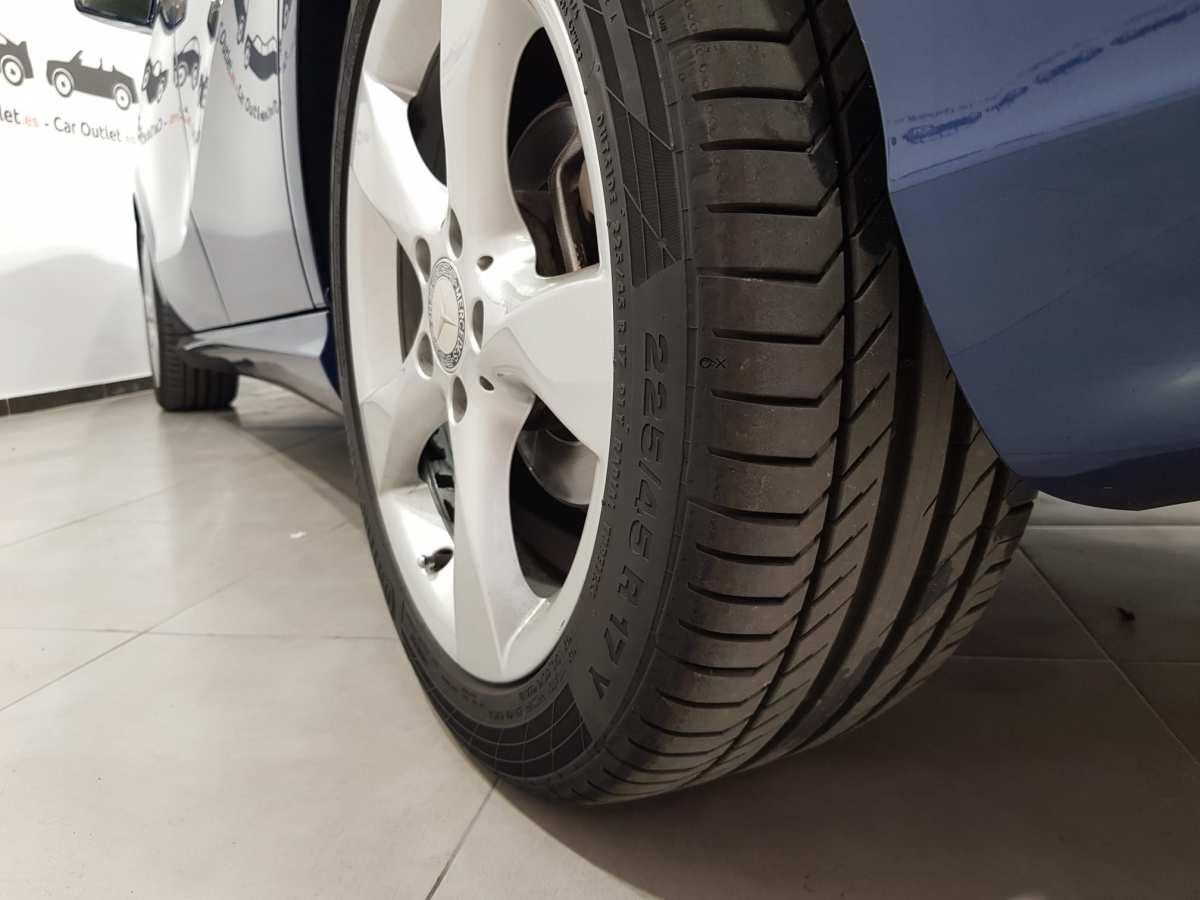 3 - Mercedes B Class 2012 - AUTO