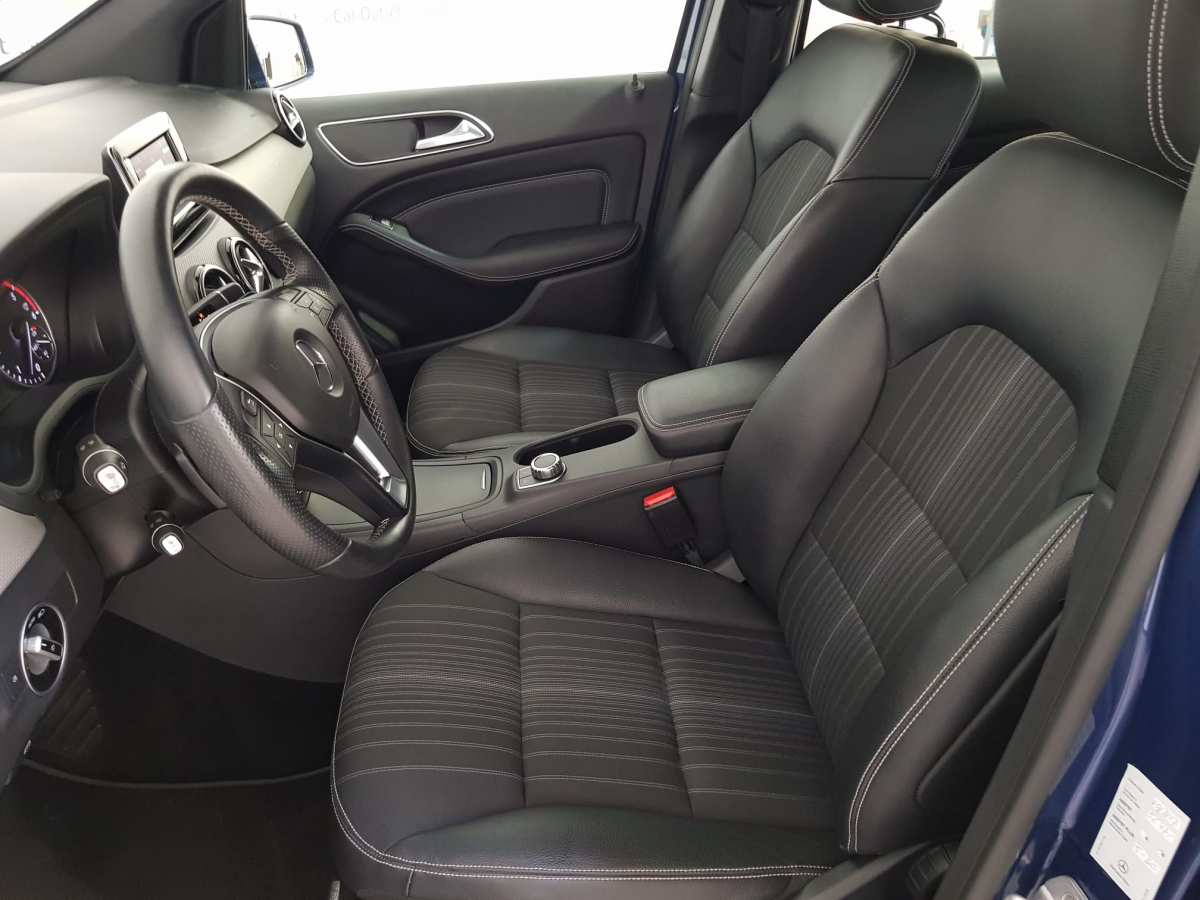 8 - Mercedes B Class 2012 - AUTO