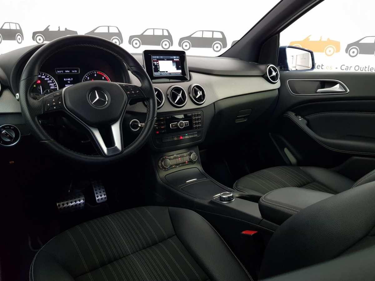 10 - Mercedes B Class 2012 - AUTO