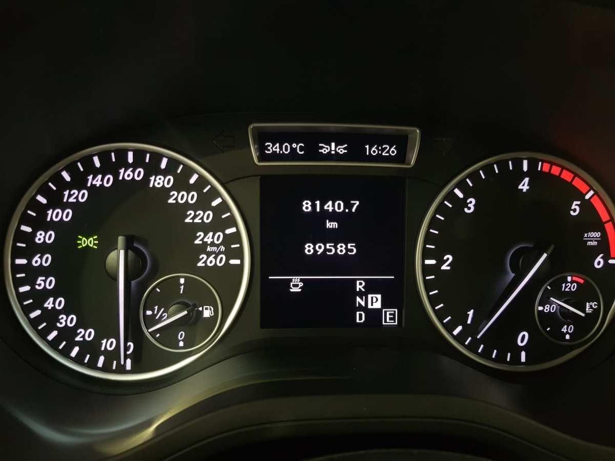 11 - Mercedes B Class 2012 - AUTO