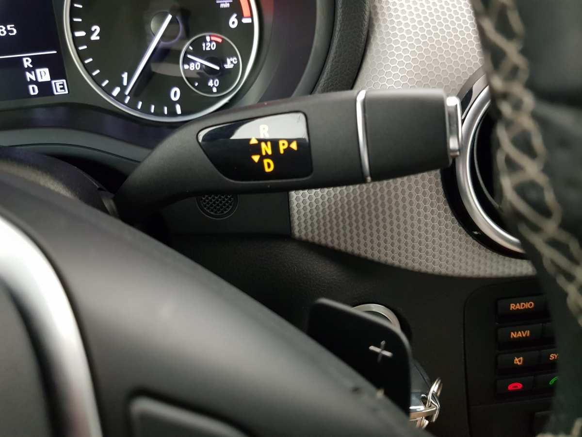 14 - Mercedes B Class 2012 - AUTO