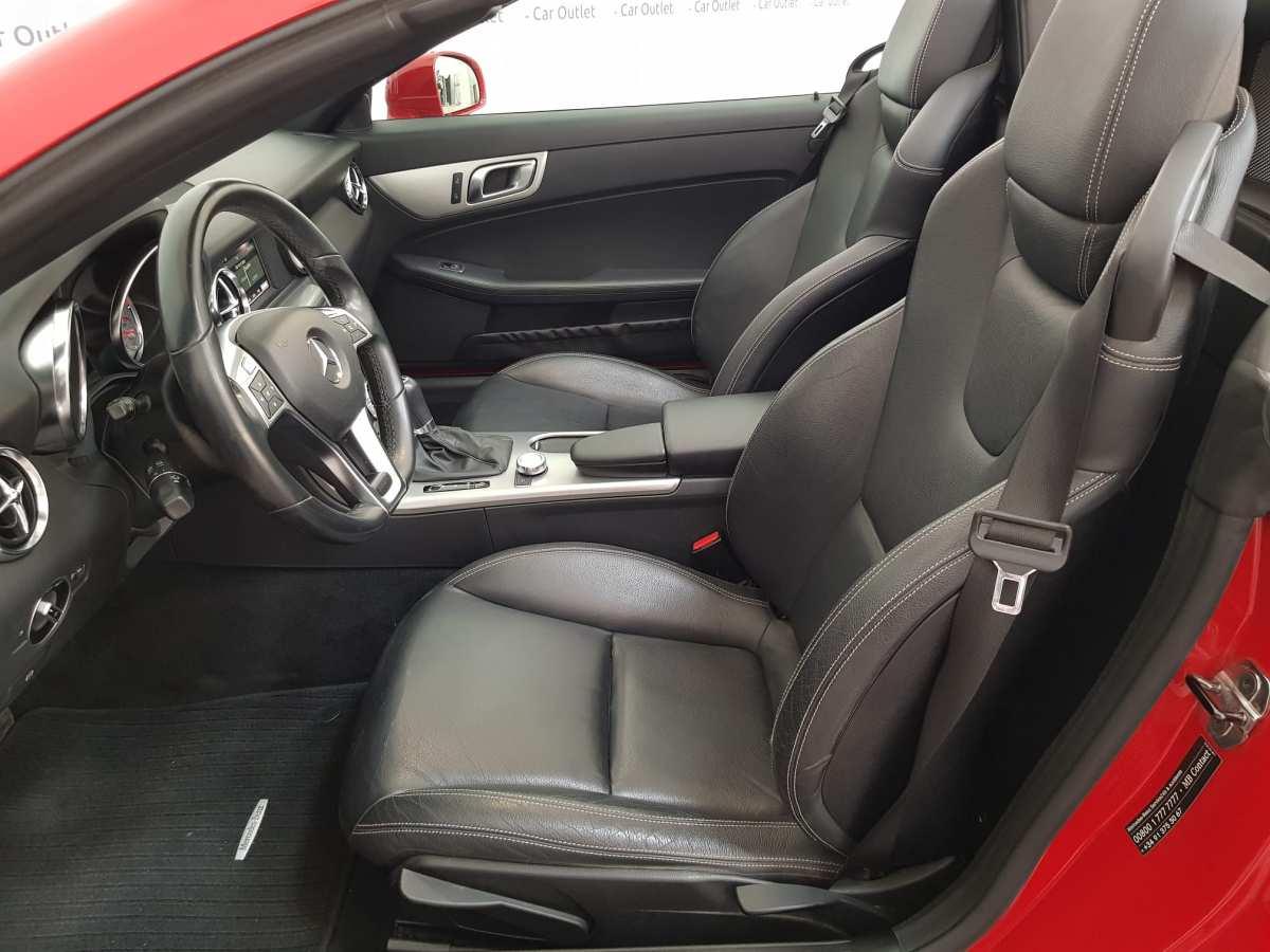 7 - Mercedes SLK Class 2012 - AUTO - CABRIO