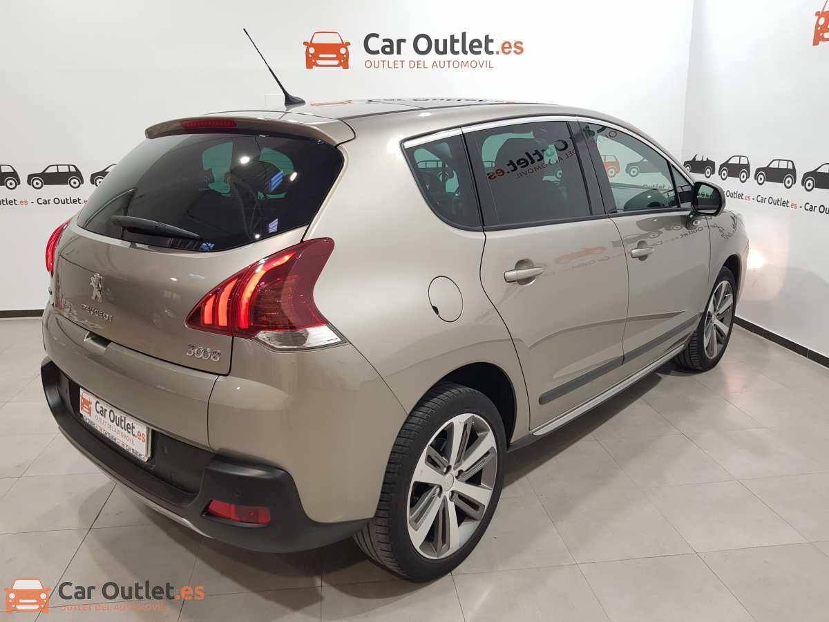 5 - Peugeot 3008 2016