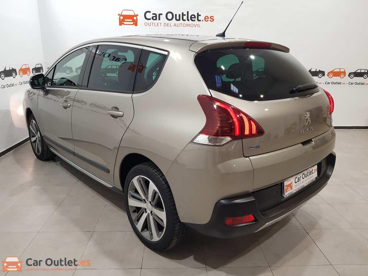 7 - Peugeot 3008 2016