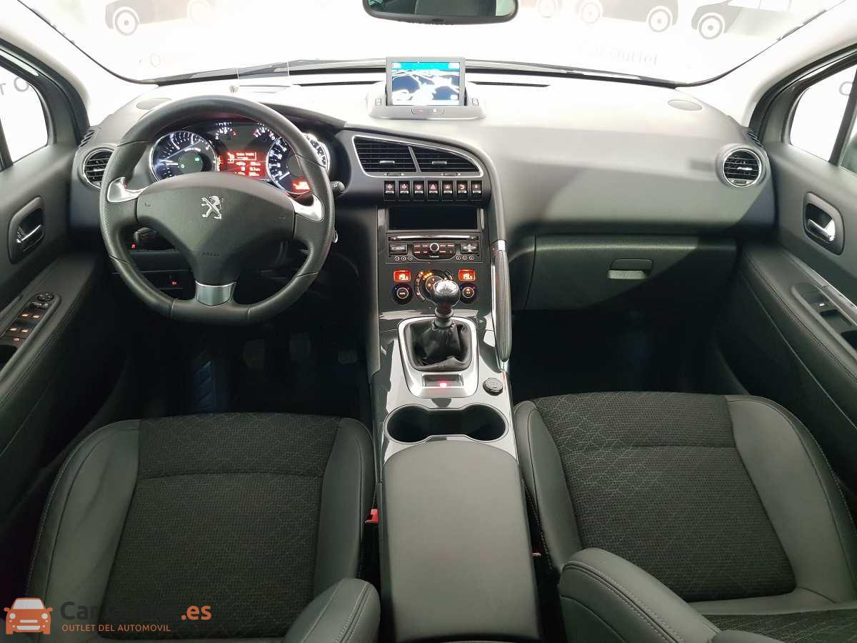 11 - Peugeot 3008 2016