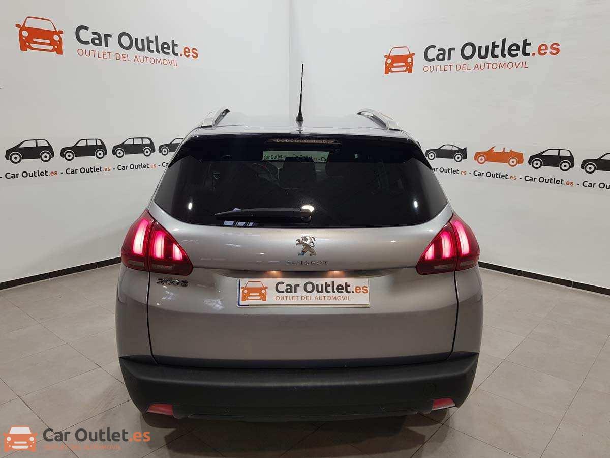 6 - Peugeot 2008 2019