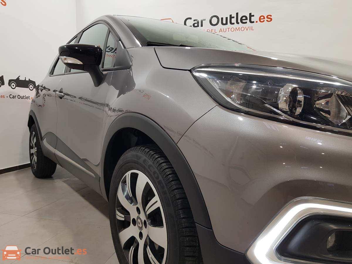 4 - Renault Captur 2018 - AUTO