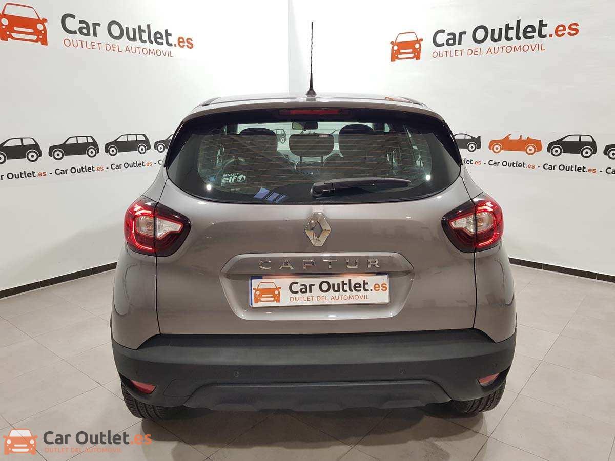 6 - Renault Captur 2018 - AUTO