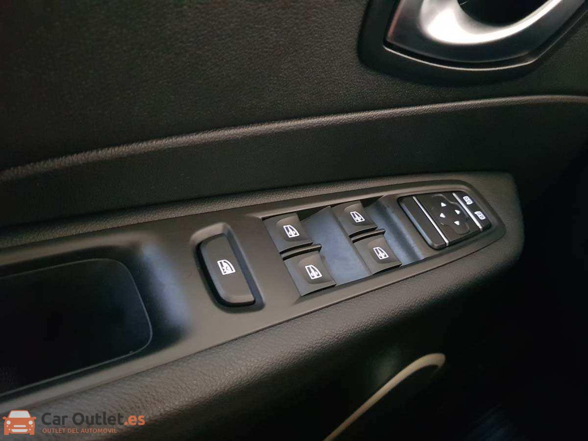 15 - Renault Captur 2018 - AUTO
