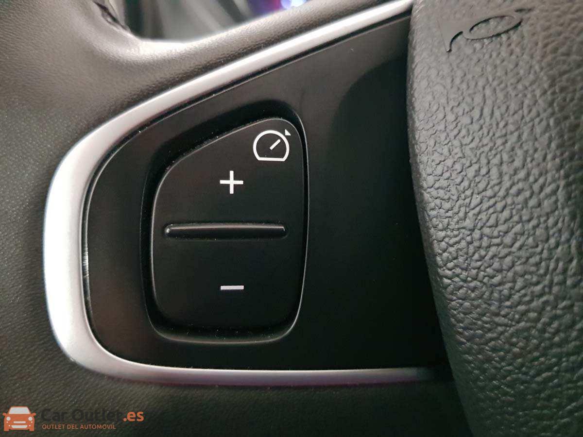 19 - Renault Captur 2018 - AUTO