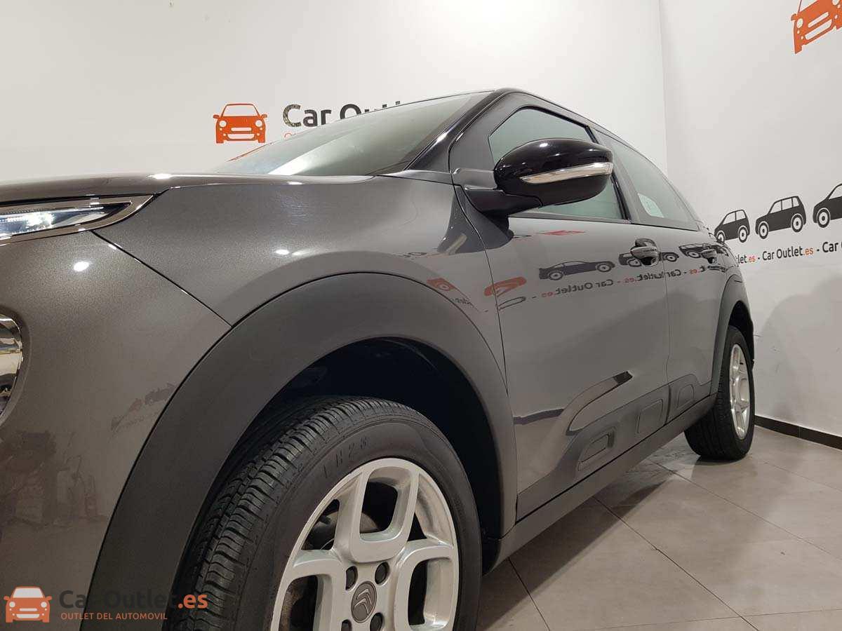 4 - Citroen C4 2018 - AUTO