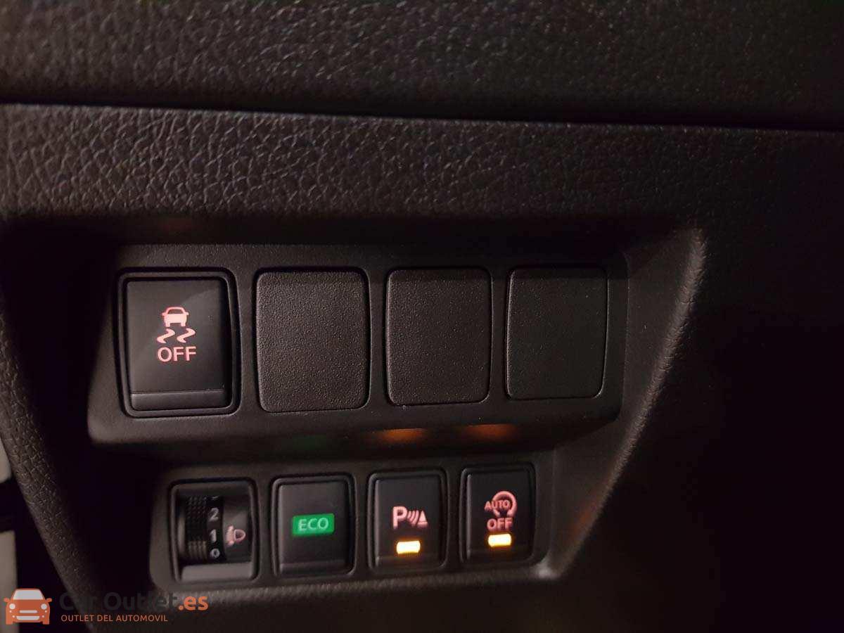 24 - Nissan X Trail 2015 - AUTO